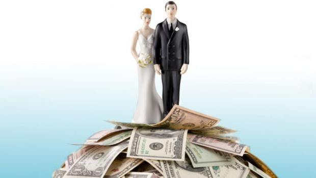 Cake toppers money wedding saving paris